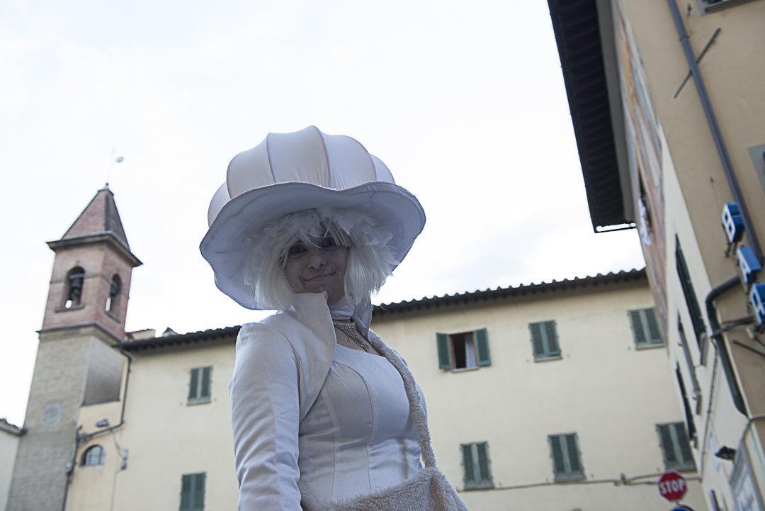 dama in bianco